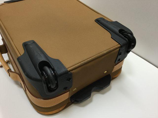 Lancel(ランセル)のスーツケースのキャスター交換が完了しました(愛知県名古屋市N様)before