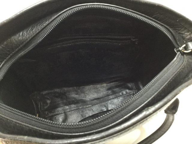 Nina Ricci(ニナリッチ)のおかばんの内袋交換が完了しました(愛知県名古屋市T様) before