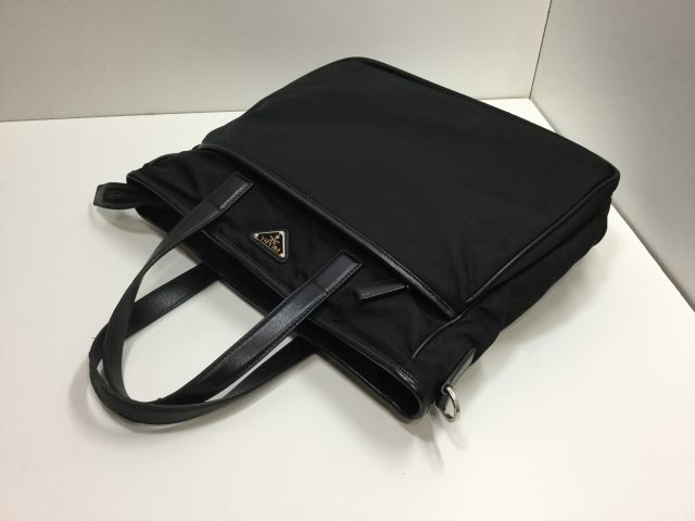 PRADA(プラダ)のバッグの持ち手交換修理が完了しました(愛知県豊川市Y様)before02