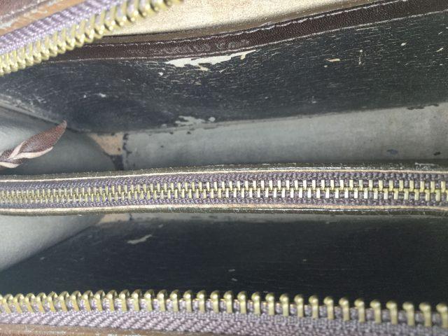 セカンドバッグの内張り交換が完了しました(秋田県男鹿市S様) before