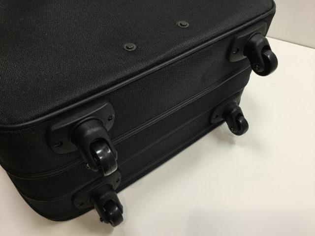 マルエム松崎のスーツケースのキャスター交換が完了しました(愛知県名古屋市F様) after