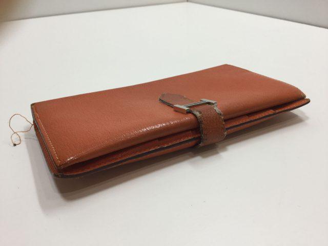 エルメス(Hermès)のお財布のベルト・ループ作成、ほつれ縫いが完了しました(愛知県名古屋市M様)before02