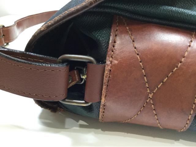 Ralph Lauren(ラルフローレン)のショルダーバッグのループ、ベルトの付け根革パーツ交換が完了しました(愛知県一宮市O様)after02