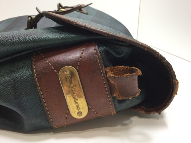 Ralph Lauren(ラルフローレン)のショルダーバッグのループ、ベルトの付け根革パーツ交換が完了しました(愛知県一宮市O様) before