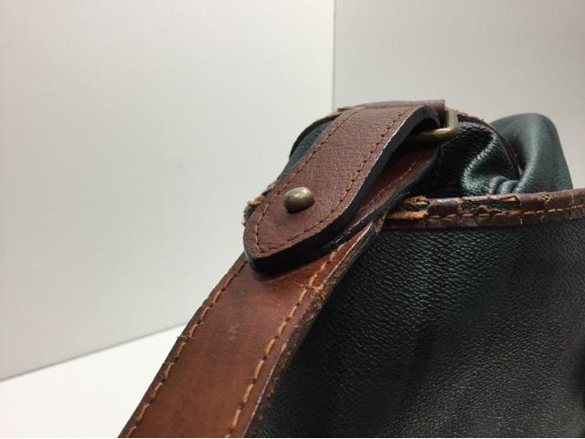 Ralph Lauren(ラルフローレン)のショルダーバッグのループ、ベルトの付け根革パーツ交換が完了しました(愛知県一宮市O様)after04