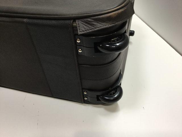 Orobianco(オロビアンコ)のスーツケースのキャスター交換が完了しました(愛知県名古屋市A様)after