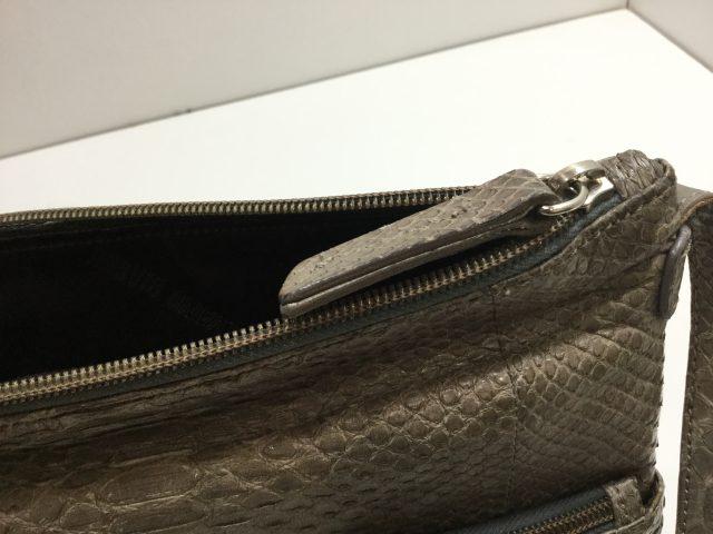 SILVANO BIAGINI(シルヴァーノ ビアジーニ)のバッグのファスナー交換が完了しました(愛知県名古屋市K様)before02