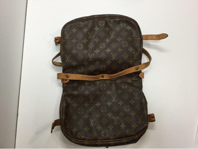 Louis Vuitton(ルイ・ヴィトン)のバッグのショルダーベルト交換が完了しました(愛知県刈谷市K様)before03