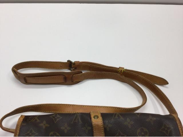 Louis Vuitton(ルイ・ヴィトン)のバッグのショルダーベルト交換が完了しました(愛知県刈谷市K様)before02