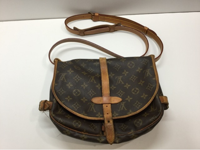 Louis Vuitton(ルイ・ヴィトン)のバッグのショルダーベルト交換が完了しました(愛知県刈谷市K様)after